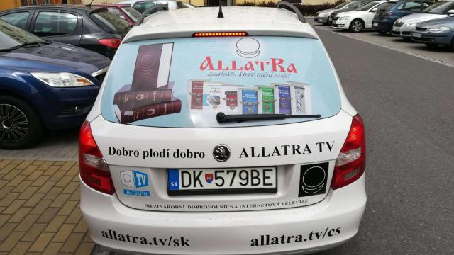 Czech Republic AllatRa sings on cars